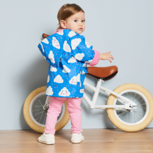 Hatley cheerful clouds colour changing raincoat model