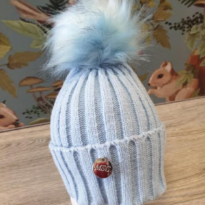 MSC Single pom faux fur hat blue with blue pom