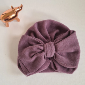 Our gorgeous Bow Turbans are 100% cotton with a super soft feel. Lightweight yet snug they are the perfect accessory for your stylish little bear Size 6 months to 2 years
